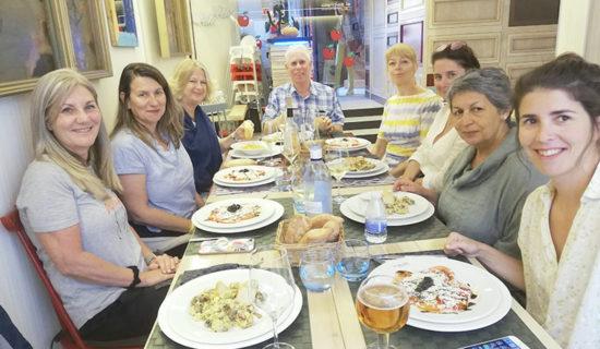 Daily-lunch-in-local-restaurants---Comida-diaria-en--restaurantes-locales
